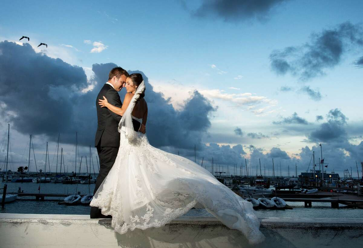 Click ahead to view the best cities to get married in Texas, according to WalletHub. 8. Corpus Christi A married couple by the bay captured by Svetlana Photography.