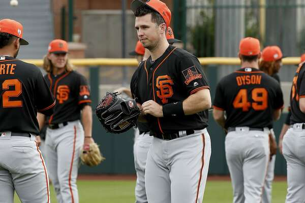 Giants' Buster Posey will not catch in early Cactus League games
