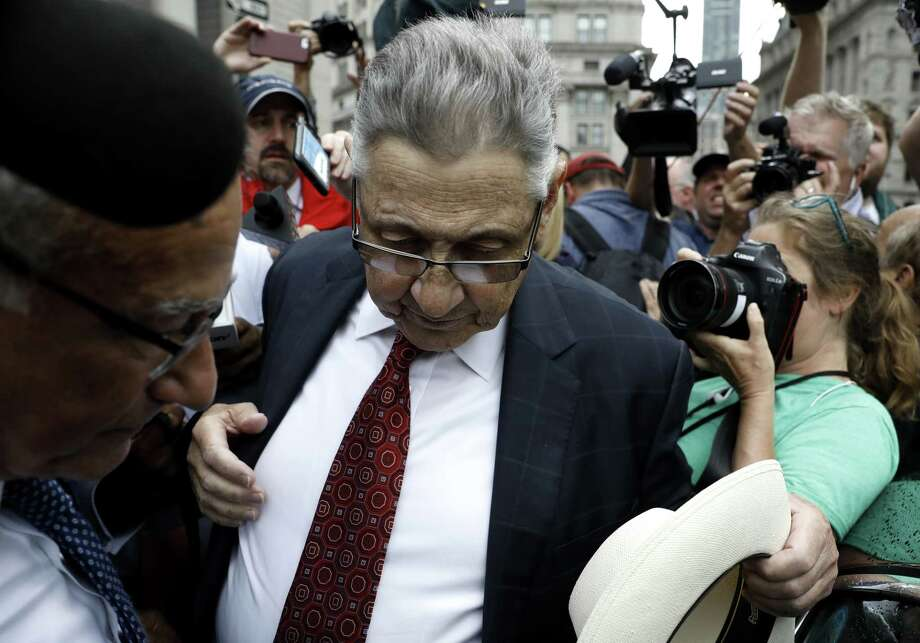 Sheldon Silver, former speaker of the New York State Assembly, exits from federal court in New York, U.S., on Friday, July 27, 2018. Photographer: Peter Foley/Bloomberg Photo: Peter Foley / © 2018 Bloomberg Finance LP