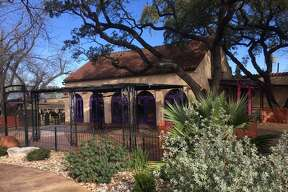 The Dallas-based Ida Claire restaurant, which specializes in Southern style cuisine, is in the process of opening a second location in San Antonio inside the former El Machito space in the Quarry Crossing at 7300 Jones Maltsberger Road.