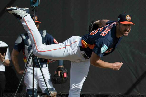 Houston Astros right handed pitchers Justin Verlander pitches at Fitteam Ballpark of The Palm Beaches on Day 1 of spring training on Thursday, Feb. 14, 2019, in West Palm Beach.