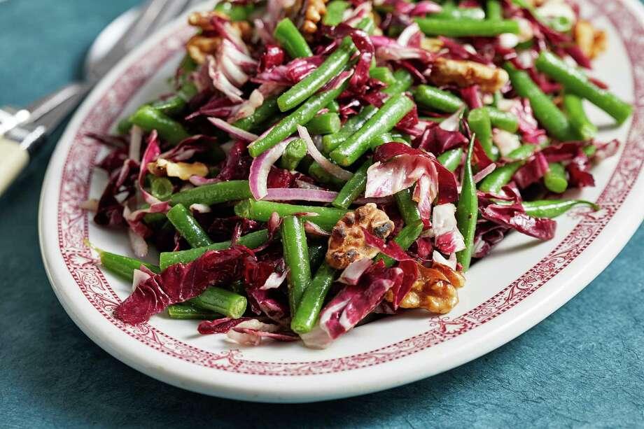 Green Bean and Radicchio Salad With Walnuts. Photo: Photo By Tom McCorkle For The Washington Post. / The Washington Post