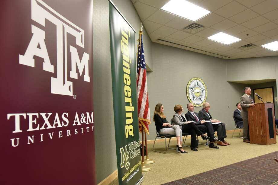 Announcement about the Texas A&M-Concho Engineering Academy, Feb. 14, 2019, in the Carrasco Room at Midland College. The program offers students the opportunity to pursue a degree in engineering while being co-enrolled at Midland College and Texas A&M University. James Durbin/Reporter-Telegram Photo: James Durbin / ? 2019 Midland Reporter-Telegram. All Rights Reserved.