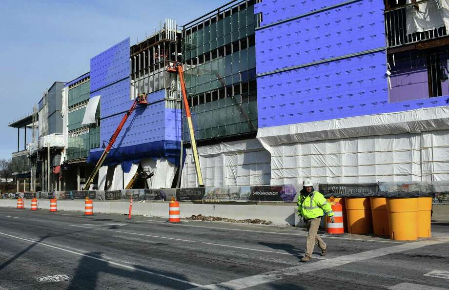 Brookfield Property Trust continues construction for the SoNo Collection mall, in early February 2019 in Norwalk, Conn. Photo: Erik Trautmann / Hearst Connecticut Media / Norwalk Hour