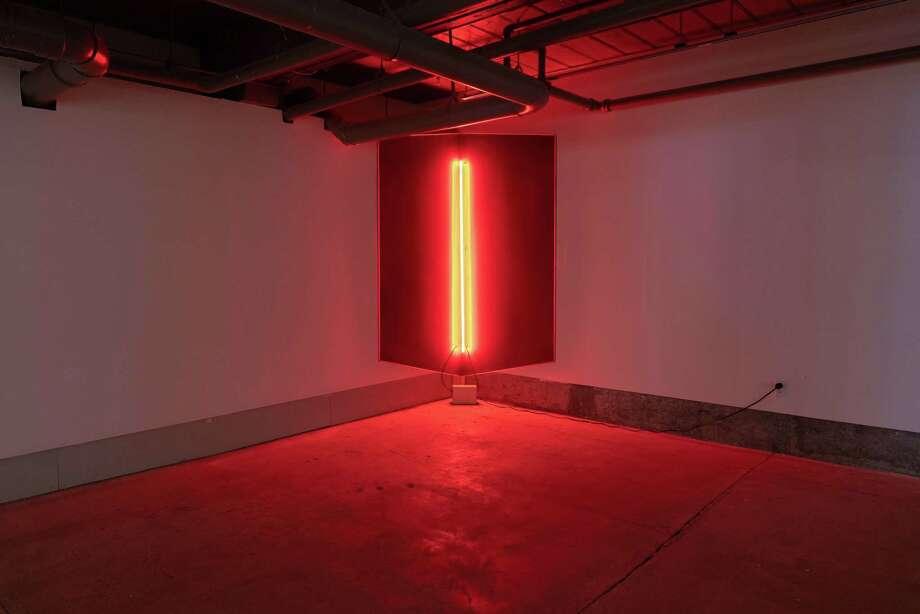 Aysha Hamouda, Null, 2018. Wood, neon, string, transformer. Photo William Jaeger