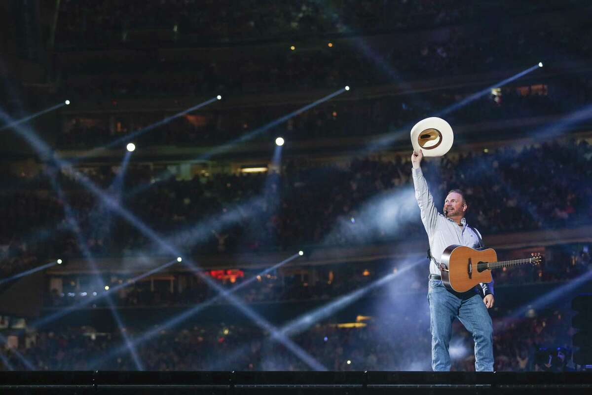 3. Garth Brooks 75,577 on March 18, 2018