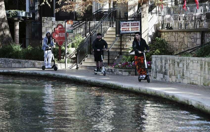 19. San Antonio Bexar County Median income: $56,774Population: 1,520,712 Violent crime per 1,000: 7 Property crime per 1,000: 48