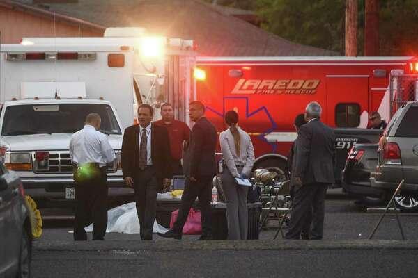 Restos humanos y una sustancia química desconocida fueron encontrados en un apartamento ubicado en la esquina de la avenida Santa Rita y la calle Jefferson, el jueves 14 de febrero.