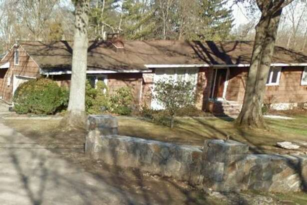 7 Hettiefred Road in Greenwich sold for $1,450,000.