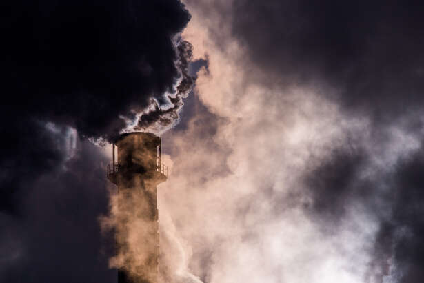 DUISBURG, GERMANY - JANUARY 06: Steam and exhaust rise from the steel mill HKM Huettenwerke Krupp Mannesmann GmbH on a cold winter day on January 6, 2017 in Duisburg, Germany. According to a report released by the European Copernicus Climate Change Service, 2016 is likely to have been the hottest year since global temperatures were recorded in the 19th century. According to the report the average global surface temperature was 14.8 degrees Celsius, which is 1.3 degrees higher than estimates for before the Industrial Revolution. Greenhouse gases are among the chief causes of global warming and climates change. (Photo by Lukas Schulze/Getty Images)