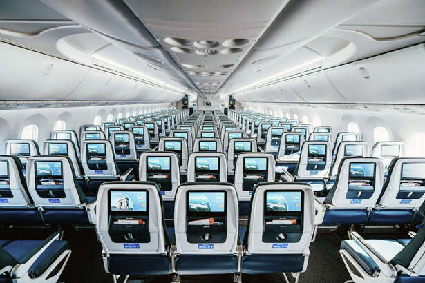 United's 787-10 has nine-across economy seating.