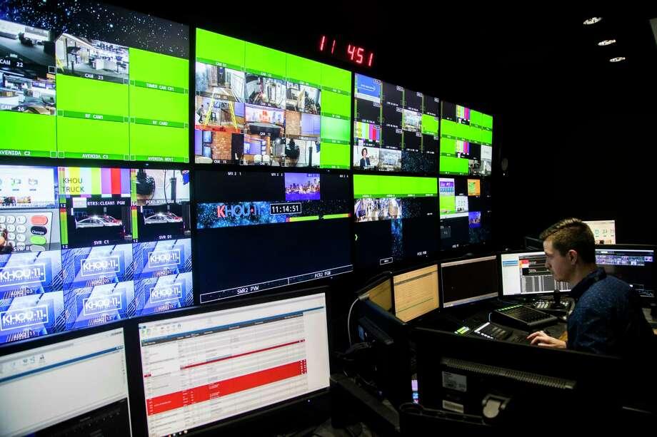 KHOU 11 broadcast director Jason Santora works on the news cast control room, Friday, Feb. 15, 2019, in Houston. Photo: Marie D. De Jesús, Staff Photographer / © 2019 Houston Chronicle