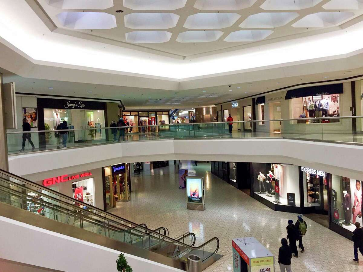 Retailers at Stamford Town Center mall offer a variety of in-store and online ordering options for customers.