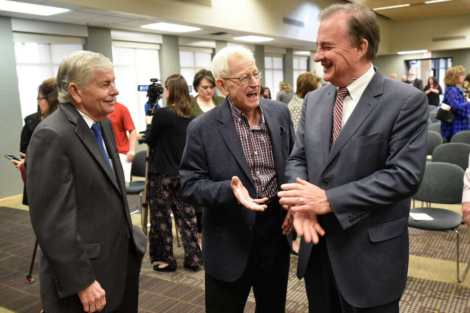 From left, State Rep. Tom Craddick, Midland oil legend Jim Henry, and John Sharp, Chancellor of the Texas A&M University system, talk following an announcement about the Texas A&M-Concho Engineering Academy, Feb. 14, 2019, in the Carrasco Room at Midland College. The program offers students the opportunity to pursue a degree in engineering while being co-enrolled at Midland College and Texas A&M University. James Durbin/Reporter-Telegram Photo: James Durbin / ? 2019 Midland Reporter-Telegram. All Rights Reserved.