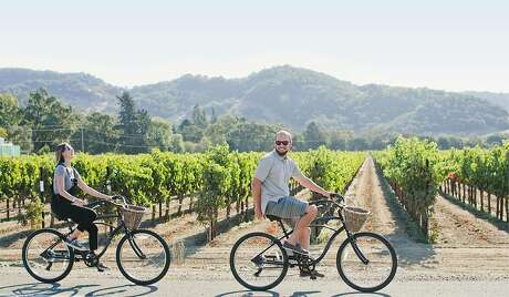 Napa & Sonoma Valley Bike Tours offer excursions that cover about 25 miles — mostly on paved roads that flank vineyards and farmland. Photo: Courtesy: Napa & Sonoma Valley Bike Tours