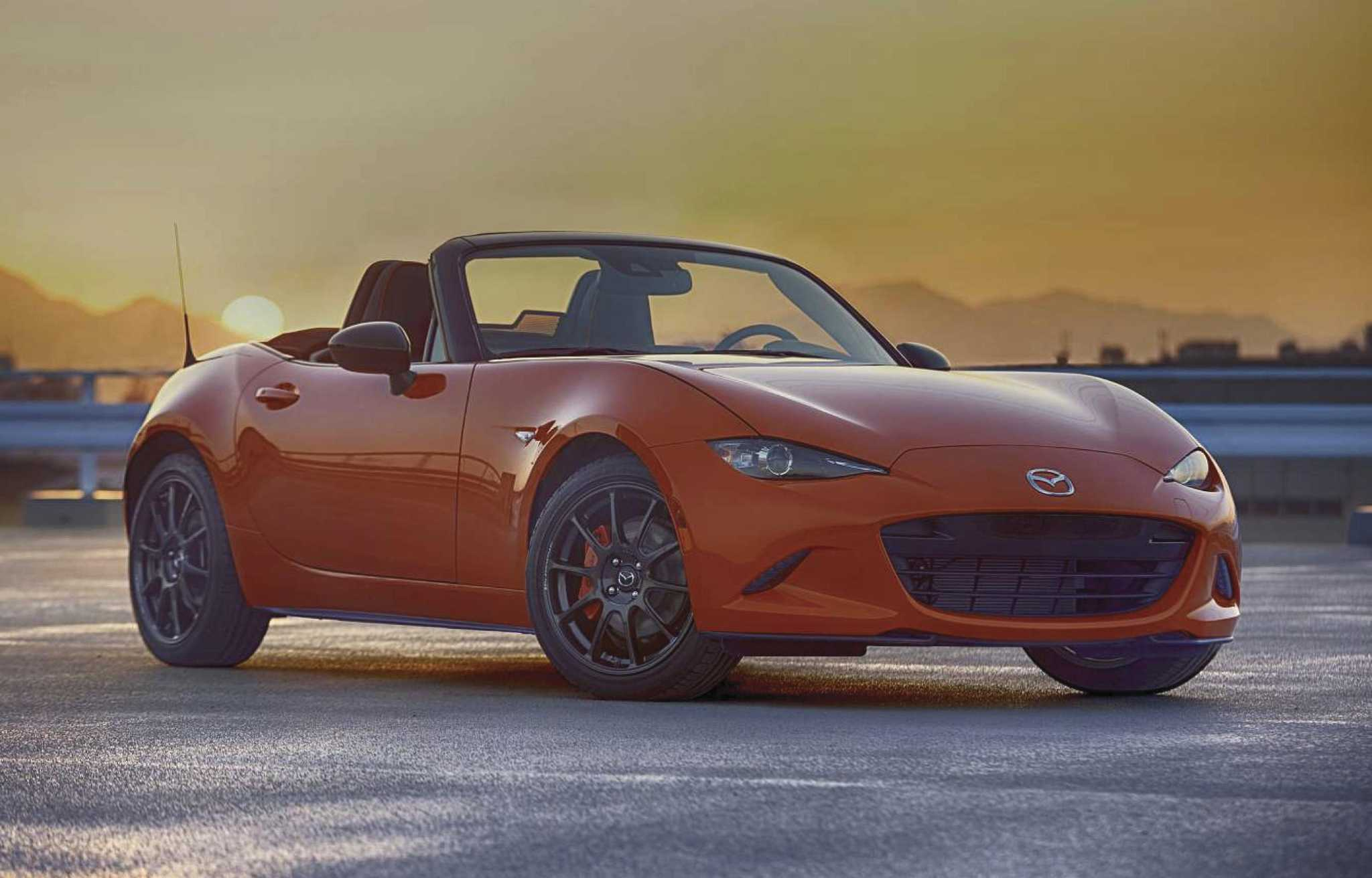 Chicago's Miata magic: 30th anniversary MX-5's sellout at auto show a tough act to follow