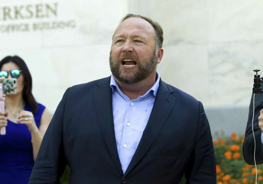 Conspiracy theorist Alex Jones speaks outside of the Dirksen building of Capitol Hill on Wednesday, Sept. 5, 2018, in Washington. Photo: Jose Luis Magana / Associated Press / Copyright 2018 The Associated Press. All rights reserved