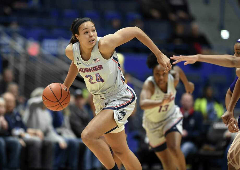 UConn's Napheesa Collier has handed 23 assists over her last four games. Photo: Stephen Dunn / Associated Press / Copyright 2019 The Associated Press. All rights reserved