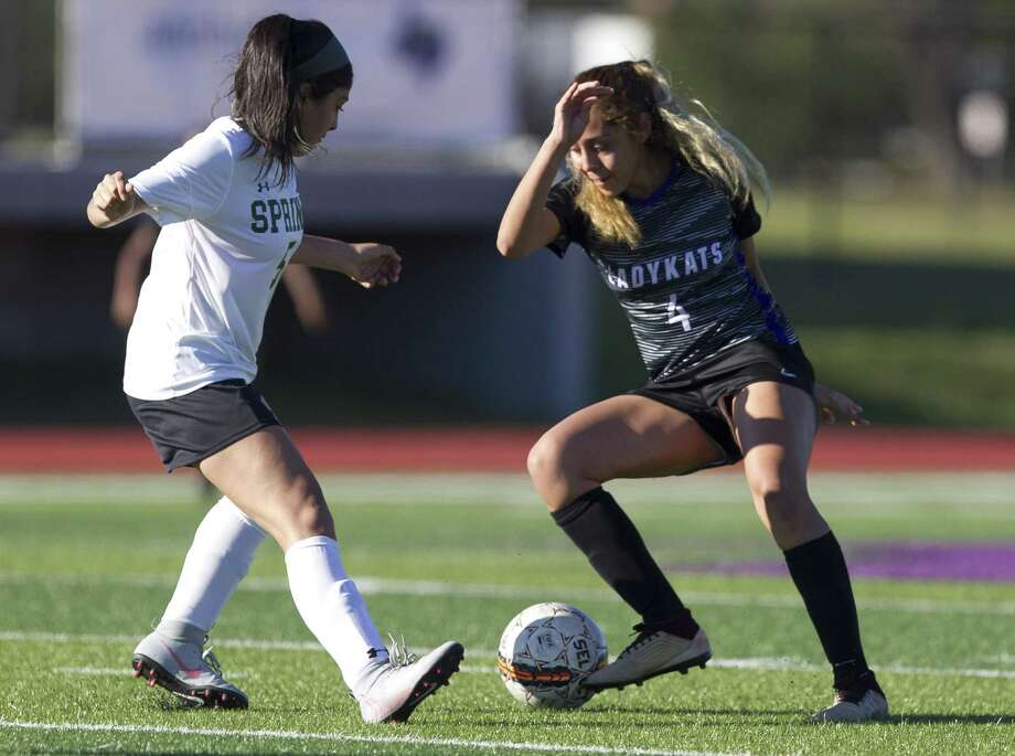 Willis' Laisha Martinez (right), shown here in January during the Kat Cup, scored a goal in Friday's win over New Caney. Photo: Jason Fochtman, Houston Chronicle / Staff Photographer / © 2019 Houston Chronicle
