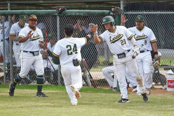The Laredo College baseball team split Friday's doubleheader against El Paso Community College.