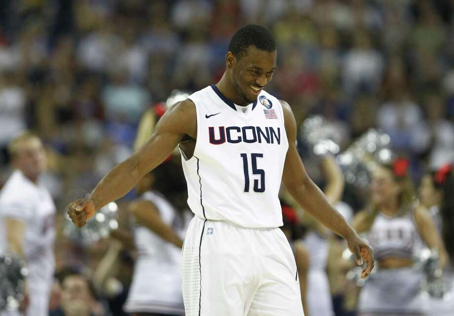 UConn guard Kemba Walker reacts after scoring against Kentucky during an NCAA Tournament semifinal game in April 2011. Photo: Nick De La Torre / Houston Chronicle / ONLINE_YES