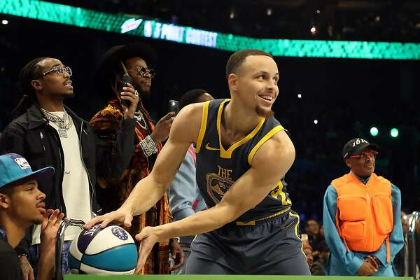 ada3e22fa8f 1of3CHARLOTTE, NORTH CAROLINA - FEBRUARY 16: Stephen Curry #30 of the  Golden State Warriors prepares to shoot during the MTN DEW 3-Point Contest  as part of ...