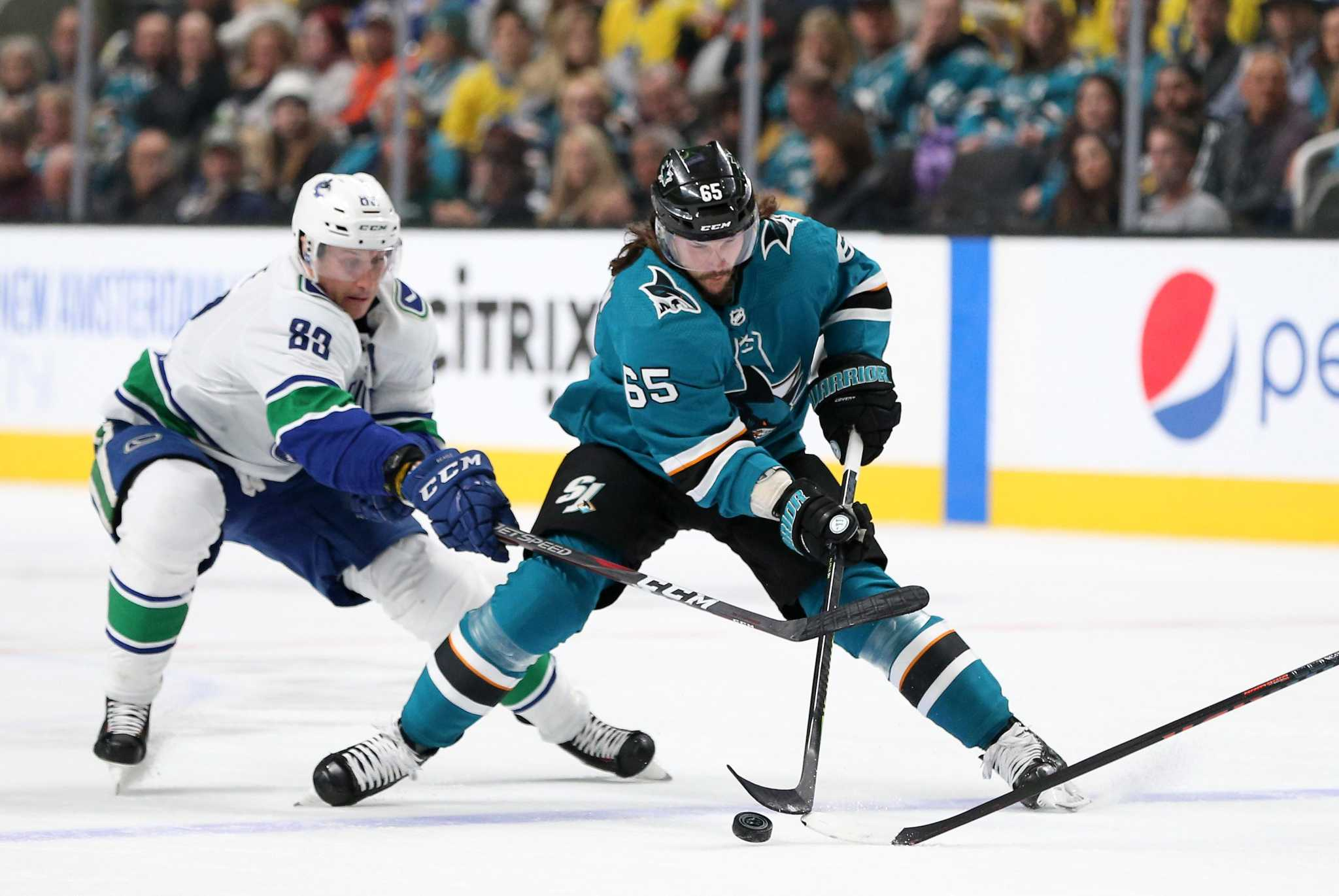 afcec490f Sharks win for seventh time in eight games - SFGate