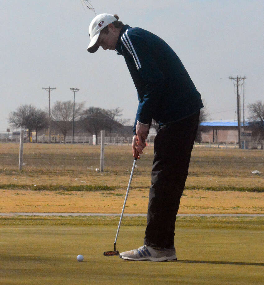 'PUTT' IT IN  Plainview's Cole Martin attempts to sink his putt on hole No. 16 during the Plainview Invitational on Saturday at the Plainview Country Club. Photo: Alexis Cubit/Plainview Herald