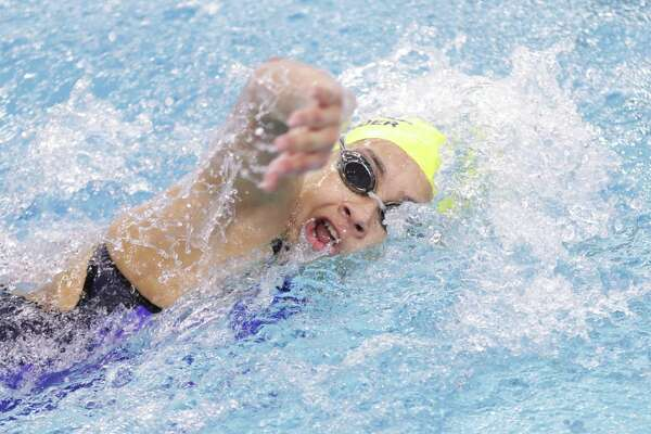 Alexander's Edith Martinez qualified for state as a freshman and was 22nd in the 500-yard freestyle at 5:28.10 and 23rd in the 200-yard freestyle at 2:01.19. She also helped the AHS 200-yard freestyle relay take 22nd at the UILClass 6A State Swimming & Diving Championships on Friday.