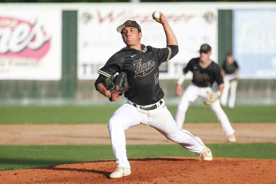 Conroe's Dillon Shibley was 5-1 on the mound last year for the Tigers as a junior. Photo: Michael Minasi, Staff Photographer / Houston Chronicle / © 2018 Houston Chronicle