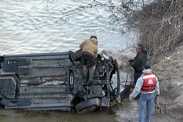 Body, car found submerged in Trinity River during search for missing woman
