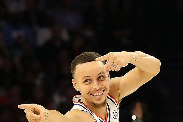 CHARLOTTE, NORTH CAROLINA - FEBRUARY 17: Stephen Curry #30 of the Golden State Warriors and Team Giannis reacts against Team LeBron in the fourth quarter during the NBA All-Star game as part of the 2019 NBA All-Star Weekend at Spectrum Center on February 17, 2019 in Charlotte, North Carolina. Team LeBron won 178-164. NOTE TO USER: User expressly acknowledges and agrees that, by downloading and/or using this photograph, user is consenting to the terms and conditions of the Getty Images License Agreement. Mandatory Copyright Notice: Copyright 2019 NBAE (Photo by Streeter Lecka/Getty Images)
