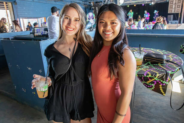 San Antonio gathered to celebrate El Mardi Gras 2019 at Paper Tiger Sunday February 17th.