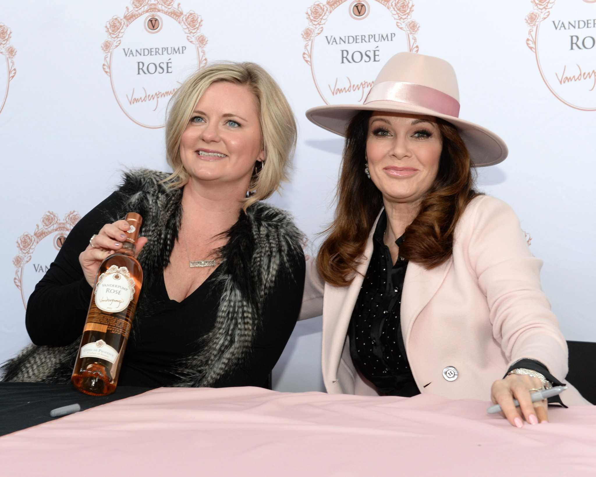 Lisa Vanderpump's latest rosé vintage has hit H-E-B. And it's pretty darn good.