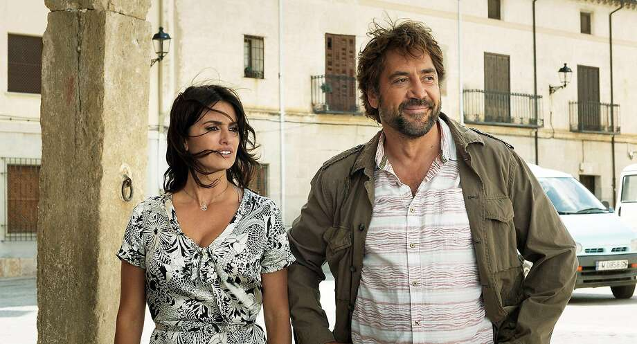 "Oscar-winning director Asghar Farhadi directs real-life married couple Penélope Cruz and Javier Bardem in the Spanish thriller ""Everybody Knows."" MUST CRDIT: Teresa Isasi, Focus Features Photo: Teresa Isasi"