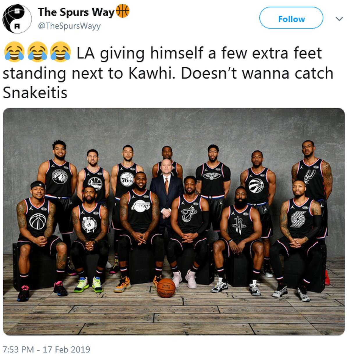 @TheSpursWayy: LA giving himself a few extra feet standing next to Kawhi. Doesn't wanna catch Snakeitis