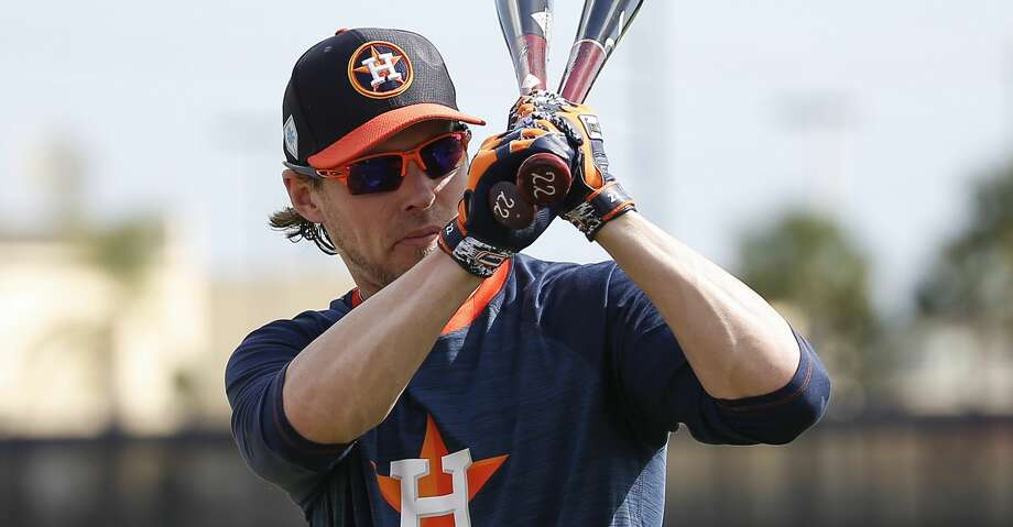 PHOTOS: Spring training Houston Astros right fielder Josh Reddick (22) swings his bats to get ready for batting practice at Fitteam Ballpark of The Palm Beaches on Day 5 of spring training on Monday, Feb. 18, 2019, in West Palm Beach. Browse through the photos to see action from Astros spring training on Monday, Feb. 18, 2019. Photo: Yi-Chin Lee/Staff Photographer