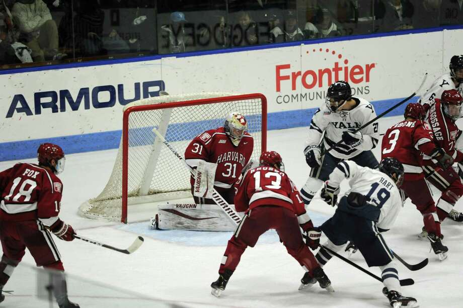 Yale Harvard Hockey Rivalry Returning To Msg In 2020 New Haven