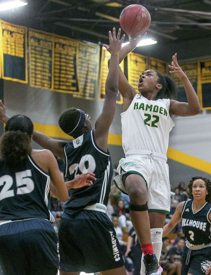 Hamden's Taniyah Thompson (22) will play at Division I East Carolina next year. Photo: John Vanacore / Hearst Connecticut Media File Photo / (C)John H.Vanacore