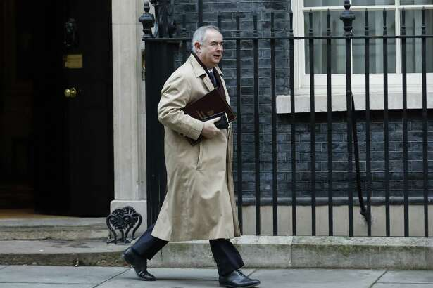 Geoffrey Cox, U.K. attorney general, departs a weekly meeting of Cabinet ministers at No.10 Downing Street in London last month.