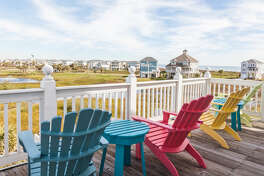 The prices and rental terms vary depending on location, beach view, number of bedrooms and amenities.