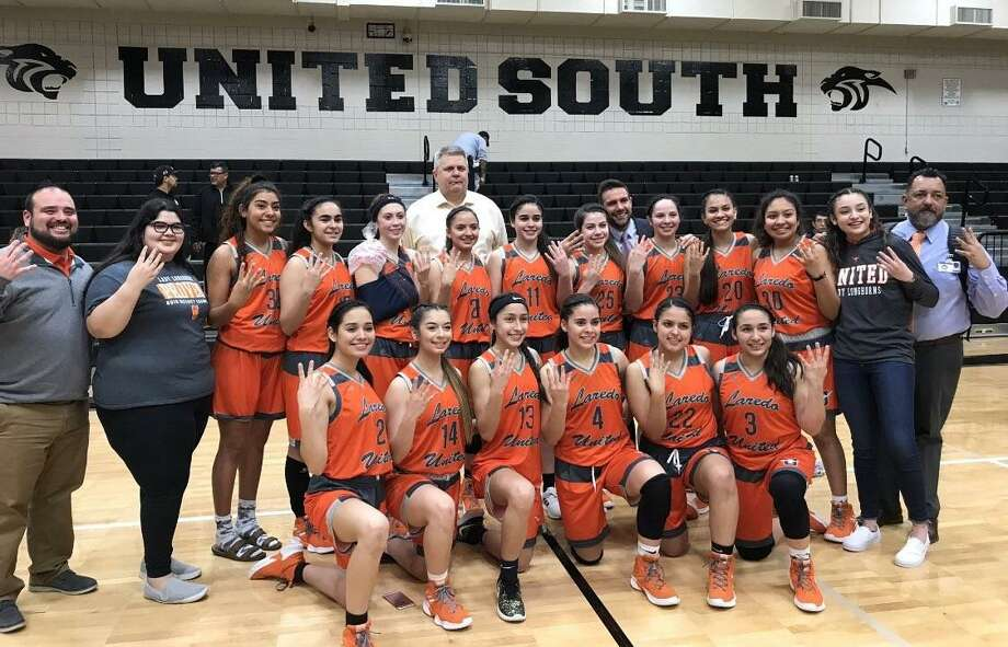 United advanced to the Sweet 16 for the first time since 1978 on Tuesday night after a 51-43 win at United South in the third round of the girls' basketball playoffs. Photo: Clara Sandoval / Laredo Morning Times