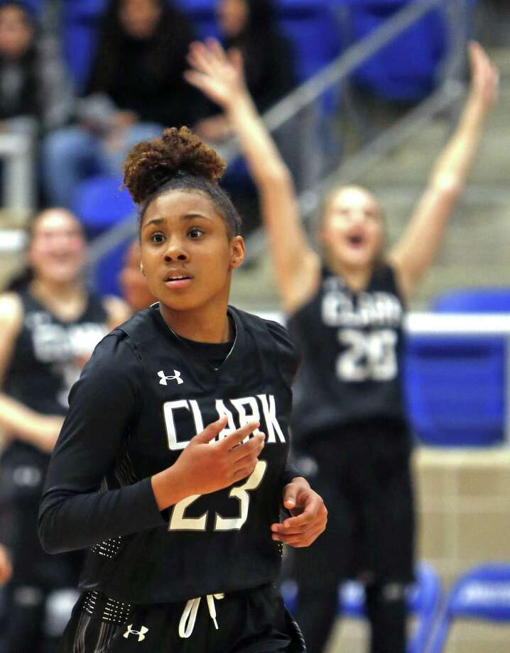 Clark's Ta'niya Jackson scores a basket. Steele vs. Clark girls basketball third-round playoff on Tuesday, February 19, 2019 at Northside Gym. Photo: Ronald Cortes/Contributor / 2018 Ronald Cortes