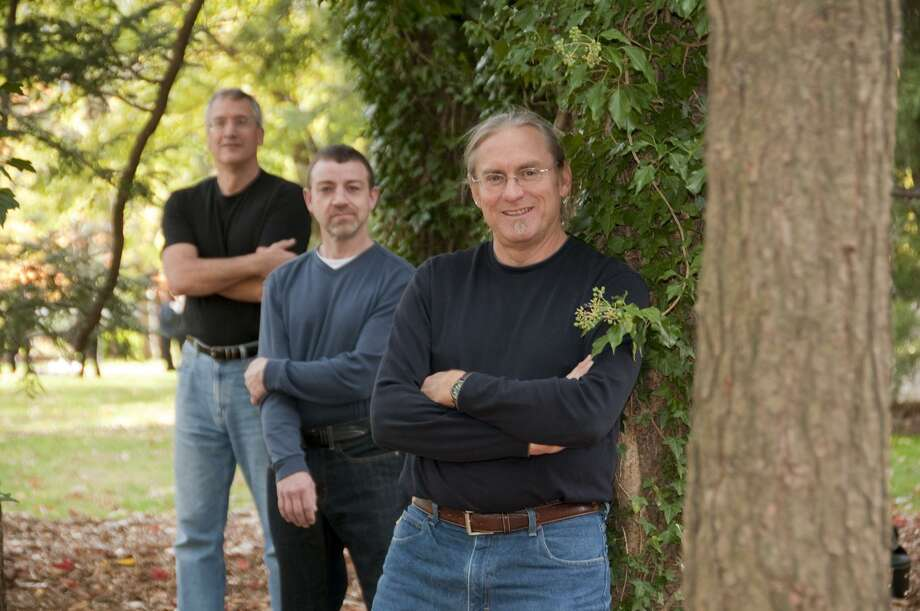 The Kerry Boys, Connecticut's favorite Irish balladeers, will perform at the Henry Carter Hull Library, Clinton, March 2 at 2 p.m. The concert is free. They'll be joined by former Connecticut State Troubadour Pierce Campbell, and Clinton's own Paul Neri of Clinton. All ages are welcome. Doors open at 1:45 p.m. For details go to hchlibrary.org or call 860-669-2342. Photo: Contributed Photo / ©2010JoyBushPhotography.com