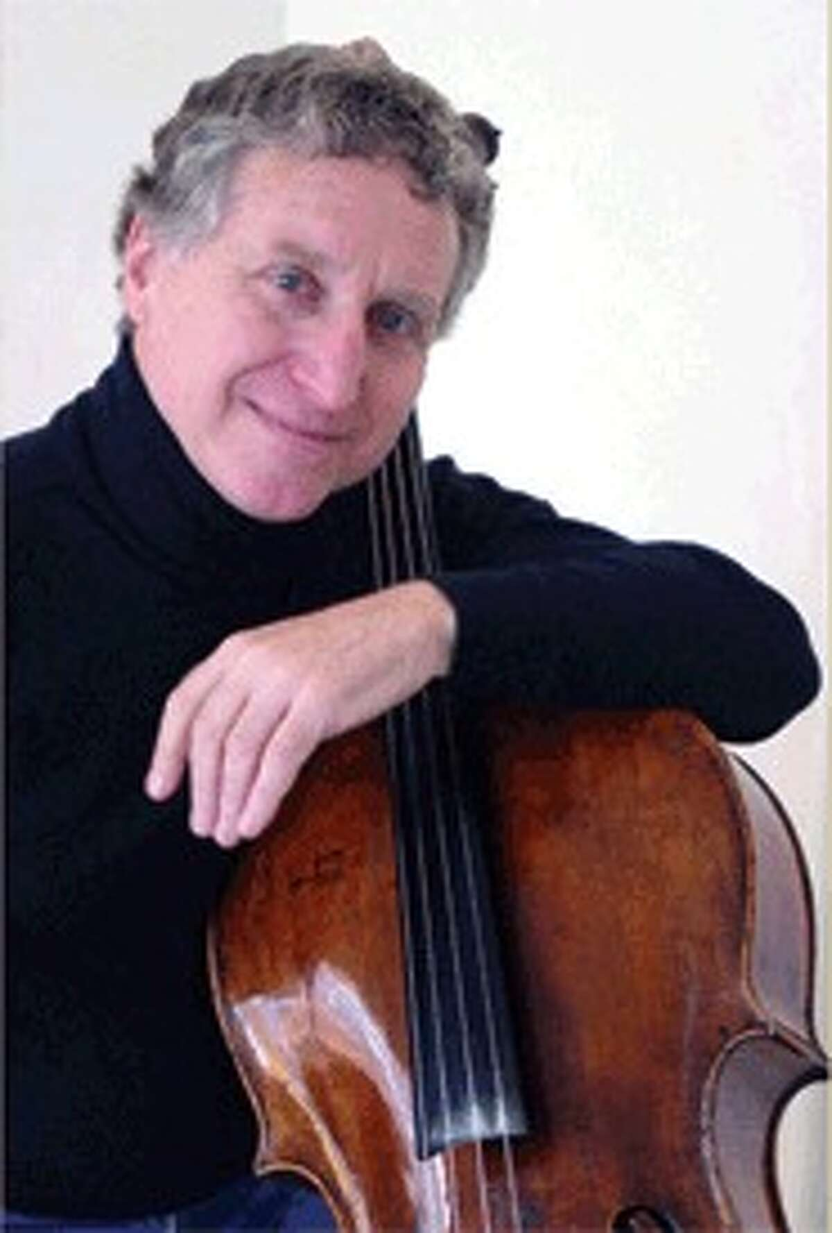 Yehuda Hanani leads at quartet in