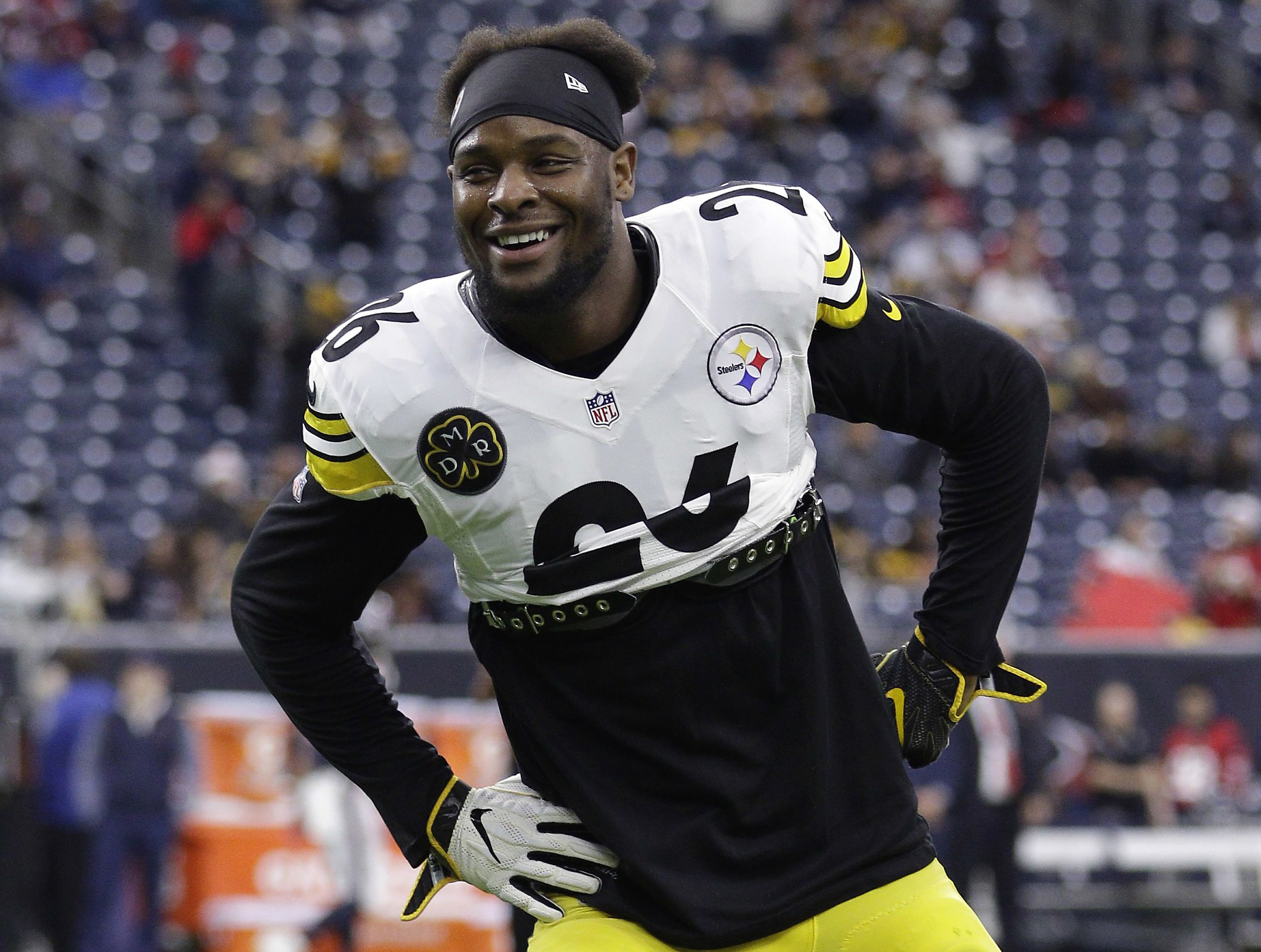 83c2c65f178 Steelers won't tag Le'Veon Bell; will explore trade for Antonio Brown -  SFGate