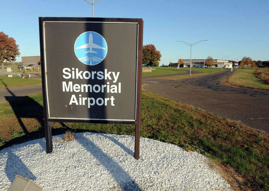 Views of Sikorsky Memorial Airport in Stratford, Conn., on Friday October 30, 2015. Photo: Christian Abraham / Hearst Connecticut Media / Connecticut Post