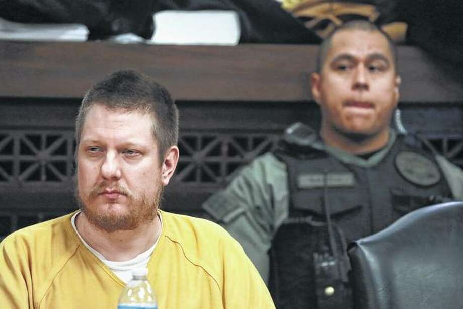 Former Chicago police Officer Jason Van Dyke attends his sentencing hearing Jan. 18 at the Leighton Criminal Court Building in Chicago. His attorneys say prosecutors have no right to challenge the nearly 7-year prison term Van Dyke received in the 2014 shooting of Laquan McDonald. Photo: Antonio Perez | Chicago Tribune Via AP