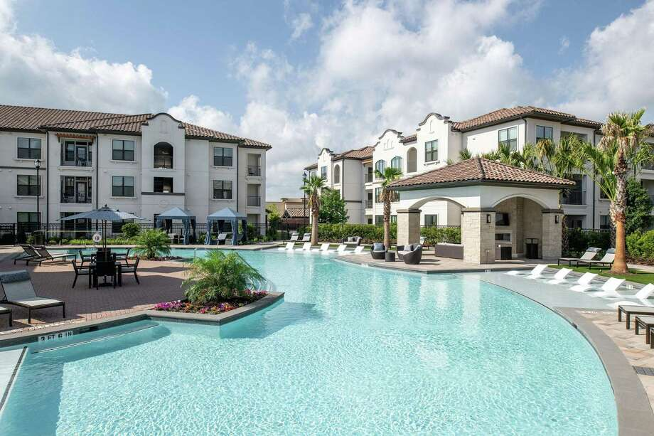 Occupancy at Houston area apartments reached 90.2 percent in the second quarter, according to ApartmentData.com. The Stella at Riverstone apartments, in the Sugar Land market where rents average $1,202 according to ApartmentData.com, changed hands earlier this year. Cardone Capital, an investment firm in Aventura, Fla., purchased the complex from Alliance Residential. Photo: Berkadia / Peter Molick 2017