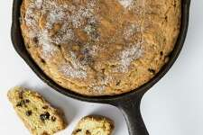 Cardamom and Currant Skillet Cookie.